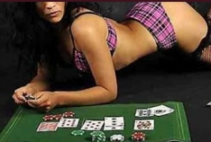 Fille Strip Poker